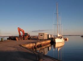 Lugn och fin morgon - solen gick upp för bara en liten stund sedan...