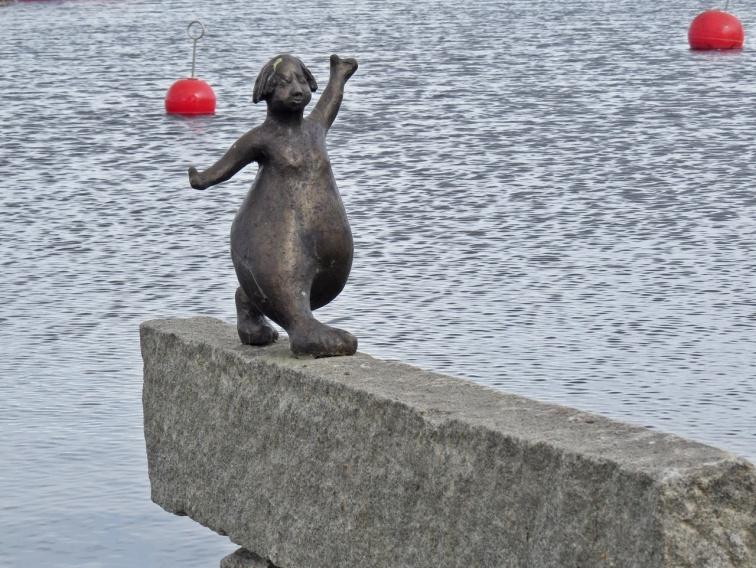Det heter Nystingen och konstnären heter May Lindholm