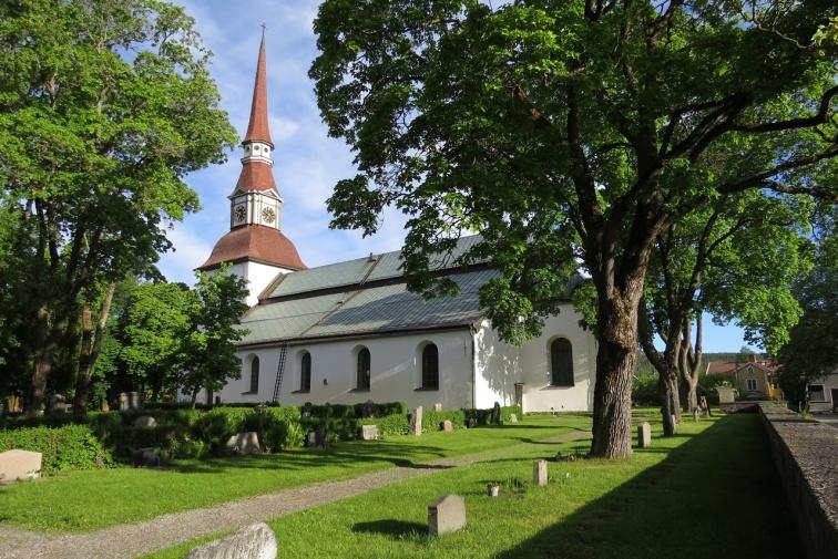 Norrbärke kyrka är en kyrka i Smedjebacken i Dalarnas län och församlingskyrka för Norrbärke församling i Västerås stift. Den är troligen uppförd under 1400-talet, men det mesta av det som syns idag är från tiden 1661–1724.
