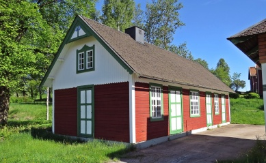 Ett fint hus alldeles bredvid stationshuse...