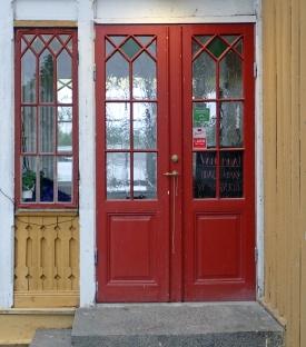... och ett café - här dörren in...