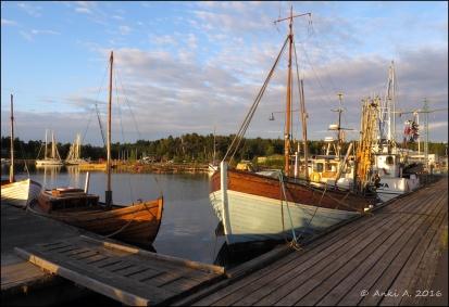 Morgon vid Femöre utanför Oxelösund.