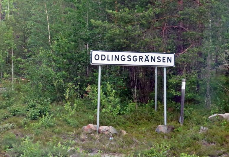 Man inser att man är långt norrut när man ser den här skylten---