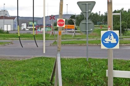 Skoterleder är vanligare än både cykelvägar och övergångsställen.