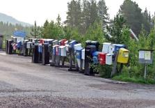 Många brevlådor!