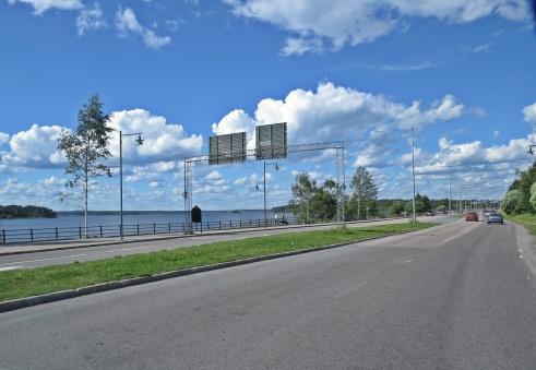 ... och vi lämnade Luleå, men planen är att återvända när det inte är turistsäsong ... kanske någon gång ...