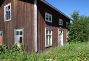 Ett hus som ser gammalt och trött ut...