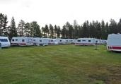 KABE husvagnar i mängd - alla bostad till tyska arbetare som jobbar med reparation och renovering av rälsen...