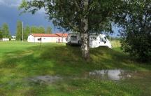 Ett rejält åskväder med lika rejäla regnskurar låg strax över oss och stannade i ett par timmar.