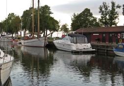 Tittade på båtarna ... gamla och nya...