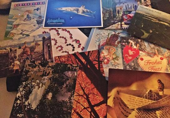 Vykort från hela världen ... jag har fått från bl.a. USA, Irland, Tyskland, Tjeckien, Ryssland, Ukraina och Finland :)
