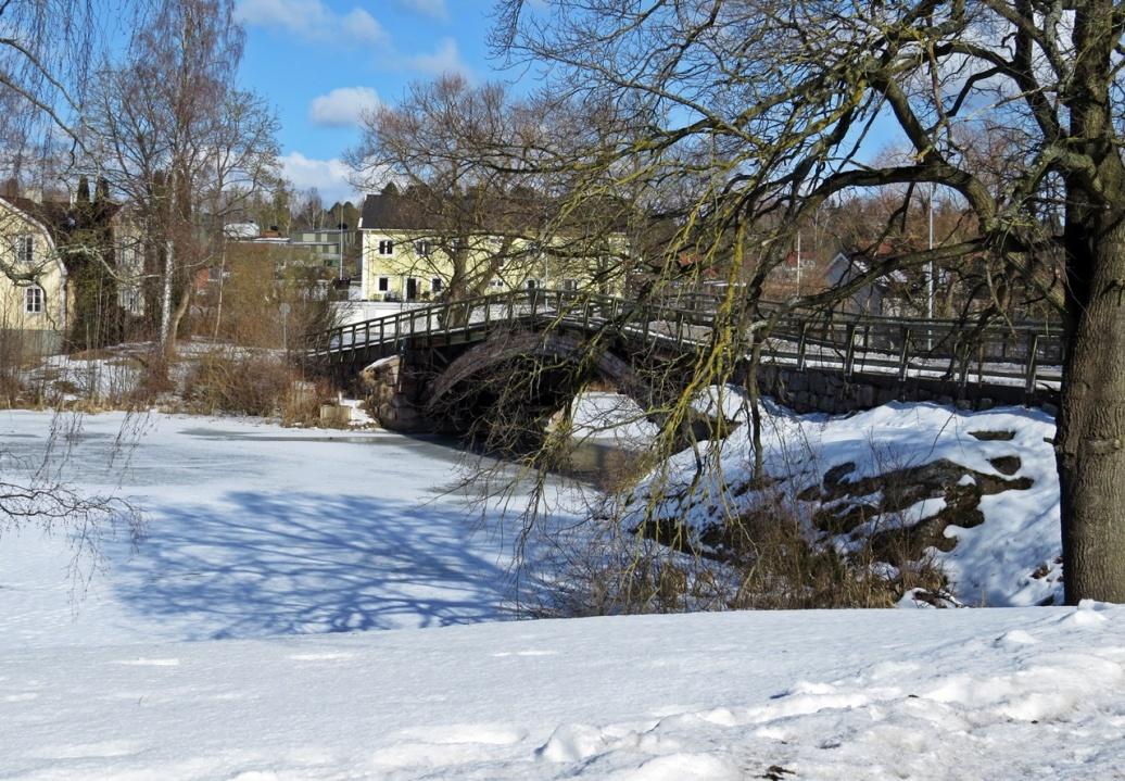 ABC-bron i Skärblacka byggdes 1889 men namnet är känt tidigast 1932. Den är en bågbro i trä och den enda bevarade bron i sitt slag i Östergötland. Den lär ha fått sitt namn av att det tidigare låg en skola vid bron.