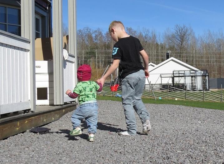 Lillebror och storebror ... Charlie och Casper ♥