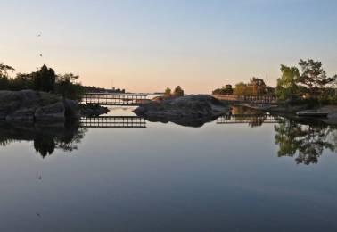 Broarna till badholmarna