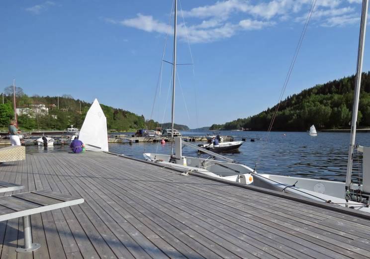 Segelskola för små barn och små båtar ...