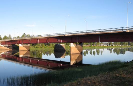 Bron över Västerdalälven ...