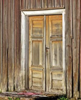 En vacker gammal dörr ...