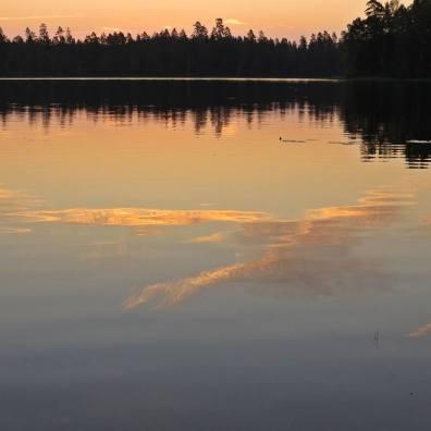 Klockan är 04:24 och solen är snart på väg upp ...