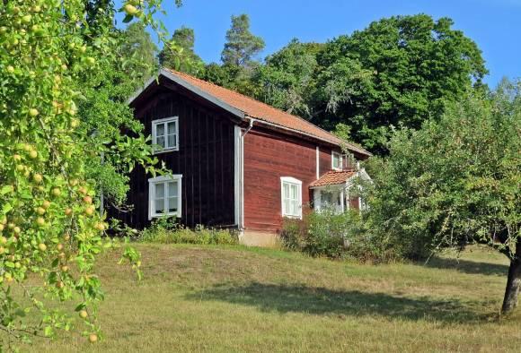 ... ett annat hus vid andra Trälsättersgården ...