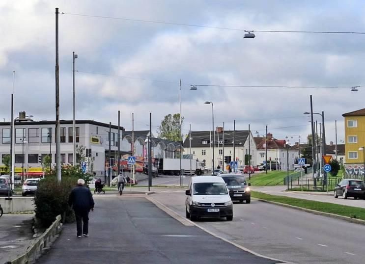 """Åt andra hållet, längst bort i bilden, vid trafikljusen fanns """"Ringborgs hörna"""", - en olycksdrabbad korsning där det inte fanns några trafkljus då ..."""