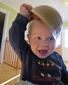 15 oktober. Charlie skoja med farmor :)