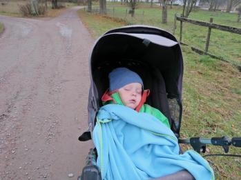 På tillbakavägen somnade Charlie ...