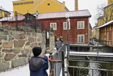 Gick sen över Kungsgatan och gick ner förbi Stadsmuseet ...