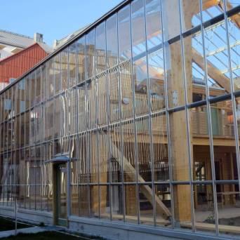 Glashus ... tror det var någon slags trädgård där ... eller skulle bli ...