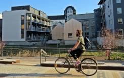 Gång och cykelvänligt.