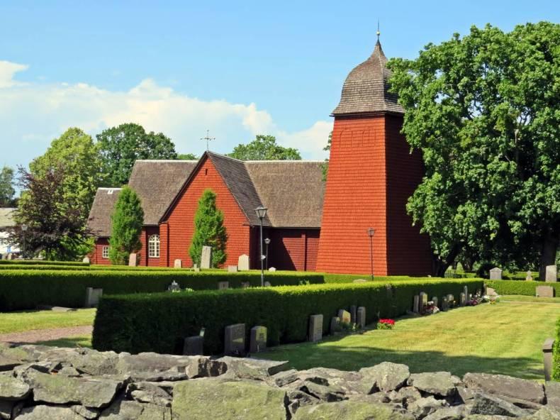 Värmlands enda och en av Sveriges 11 medeltida träkyrkor. De äldsta delarna av den nuvarande kyrkan tillkom i början av 1300-talet.