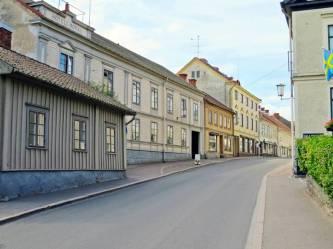 Många vackra gamla hus -åt ena hållet ...